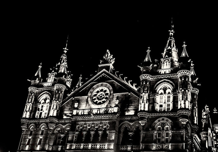 The Victoria Terminus Mumbai #India #longexposure #longexposure #bnw #blackandwhite #seascape #LongExposureShot #Lowlight #mumbai #MumbaiCity #NightOut :-) ! #nightshot Architecture Building Exterior Longexposurephotography Night No People Outdoors