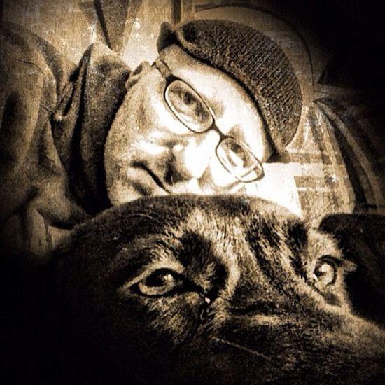 Photobomb Dog chilaxin'