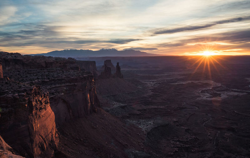 Sunrise Travel Destinations Nature Tranquility Beauty In Nature Canyon Natural Park Sun Lens Flare
