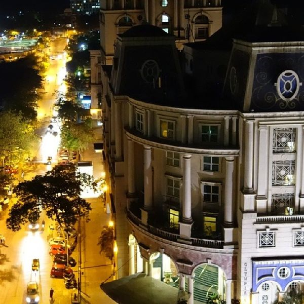 Hiranandani Powai Mumbai India InstaMumbai instagood architecture buildings streets streetlamps