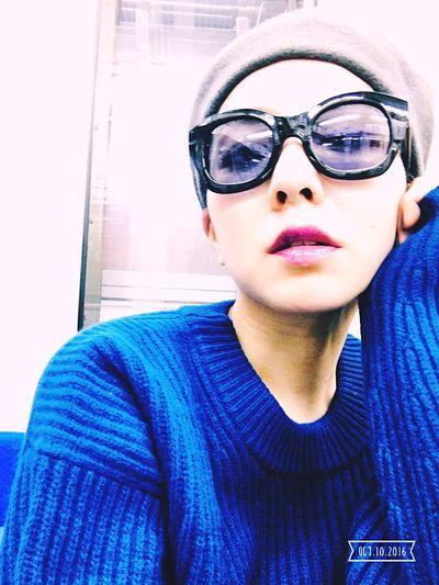That's Me Taking Photos Autumn Knit Sweater Blue Uniqlo Uniqlou