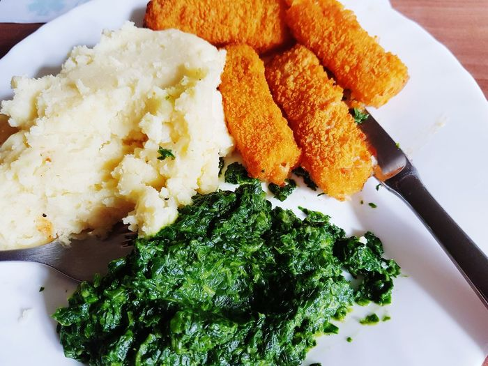 Mahlzeit Spinach Potato Fish Eyeemphotography Eating Eatclean Eatright Fisch Kartoffelbrei Fischstäbchen Spinat EyeEm Best Shots Hamburg EyeEm Gallery Deutschland. Dein Tag EyeEm Selects Plate Vegetable Close-up Food And Drink Served