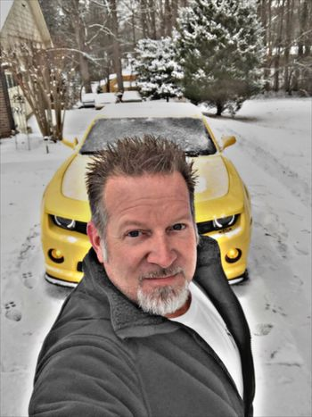 The beast waking from a cold sleep. Taking Photos ThatsMe United States Selfie Self Portrait EyeEm Best Shots EyeEm Best Edits Check This Out Camaro Chevy Cars Hanging Out Today's Hot Look