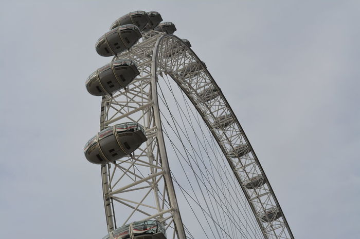 Arquitecture Golden Eye London Amusement Park Amusement Park Ride Architecture Arts Culture And Entertainment Built Structure Clear Sky Day Enjoyment Fairground Ferris Wheel Large Leisure Activity Low Angle View Metal Nature No People Outdoors Sky Spinning Tall - High Wheel