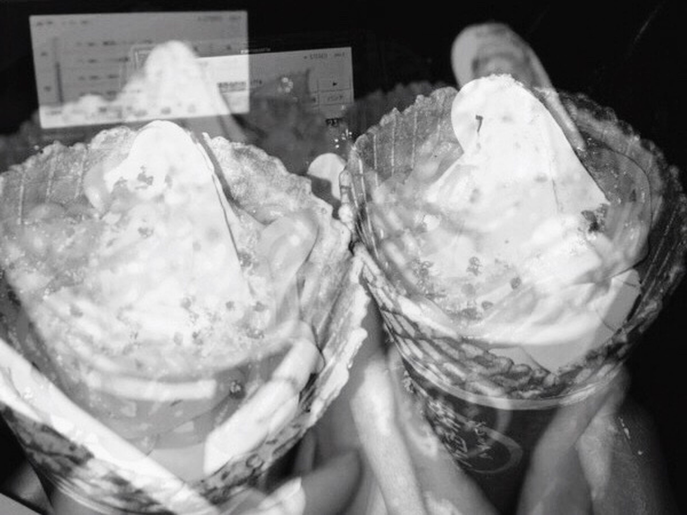 food and drink, sweet food, food, indoors, close-up, dessert, frozen food, freshness, ice cream, one person, ice cream parlor, human hand, day, people