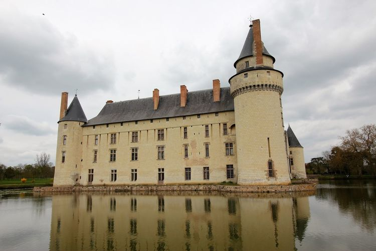 Château du Plessis-Bourré Château Du Plessis-Bourré French Castle Architecture Building Exterior Built Structure Day Nature No People Outdoors Reflection Sky Water