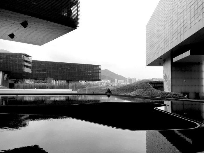 Architecture Black & White Taking Photos