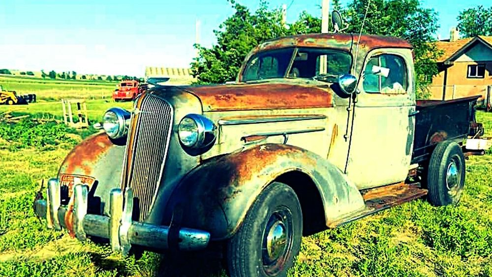 Antique Weathered Oldtruck Plymouth Chopped Rust Beauty Mynewproject Taking Photos Enjoying Life Photography MyPhotography Pivotal Ideas Colour Of Life Photographylover Photolife Lovetakingphotos