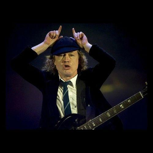 IDOLO Angus Young AC⚡DC Viamo❤❤🎧