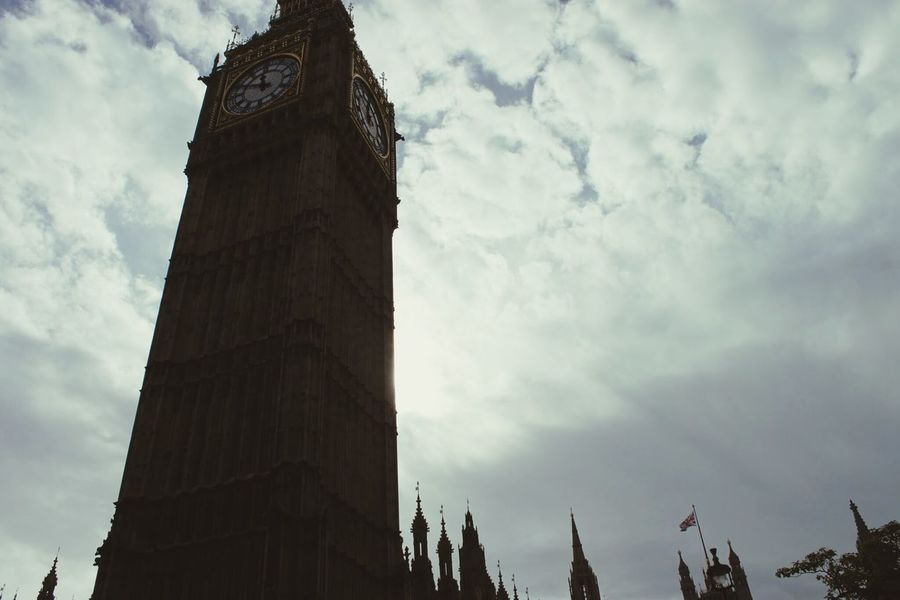 Plz follow on Facebook https://www.facebook.com/niklasstormfoto/ Big Ben London 43 Golden Moments England Showcase July Pivotal Ideas 2016 Juli Niklas Embrace Urban Life Miles Away The City Light BYOPaper! Neighborhood Map The Architect - 2017 EyeEm Awards Place Of Heart EyeEm LOST IN London EyeEm Selects The Week On EyeEm Your Ticket To Europe Been There. Postcode Postcards Colour Your Horizn The Architect - 2018 EyeEm Awards #urbanana: The Urban Playground