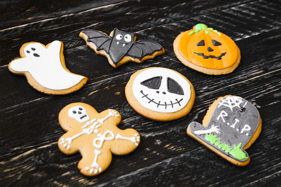 Cookies Cooking Funny Halloween Halloween_Collection Homemade Food Sugar Cake For Child For Children Gifts Gingerbread Gingerbread Cookie Pumpking Sweets Wood Background