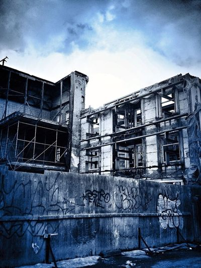Abandoned & Derelict
