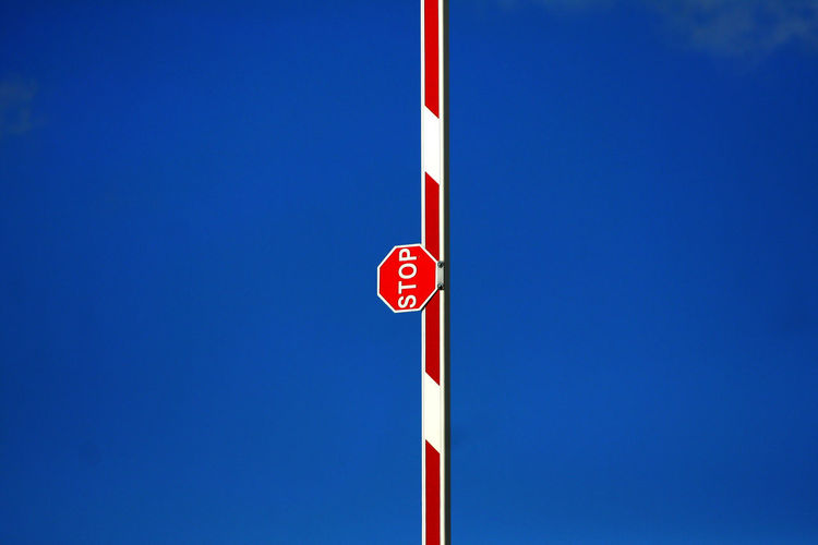 Michael Lindt Aland Islands Close-up Day End Of Road Iconic Low Angle View No People Outdoors Red Ships Crossing Sign Sky Stop Text
