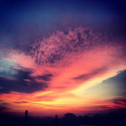 Sunset Sonnenaufgang Wolken Clouds sun wonderful sky tagsforlikes instagood iphonesia webstagram