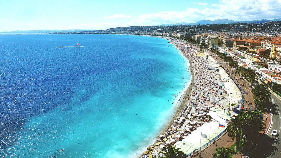 Nice Frame Promenade Des Anglais the most amazing Blue Color because of the rocks on the Sea Bed