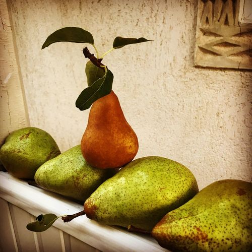 Fruit Pear Freshness Day Nature Autumn Healthy Eating Food No People Green Beauty In Nature Organic Organic Food