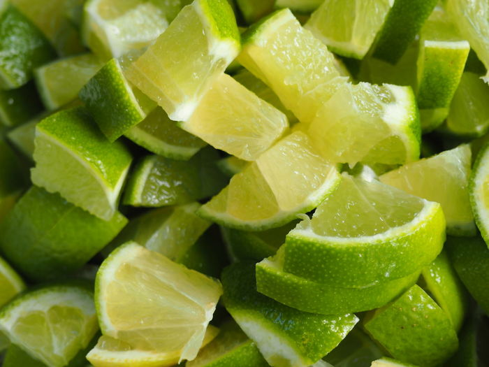 Full frame shot of lemon slices