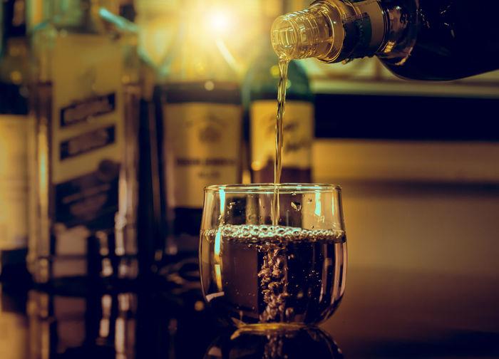barman pouring