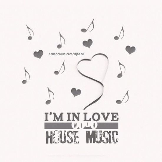 I'm in #love with #house #music Bestoftheday Igers Dj IGDaily Me Jj  Love Picstitch  Music Instagood Cute Instagramhub House 30likes Leipzig Djset Iphoneonly Gf_germany Photooftheday Deephouse Iphonesia Picsta Picoftheday Follow Cover Instamood