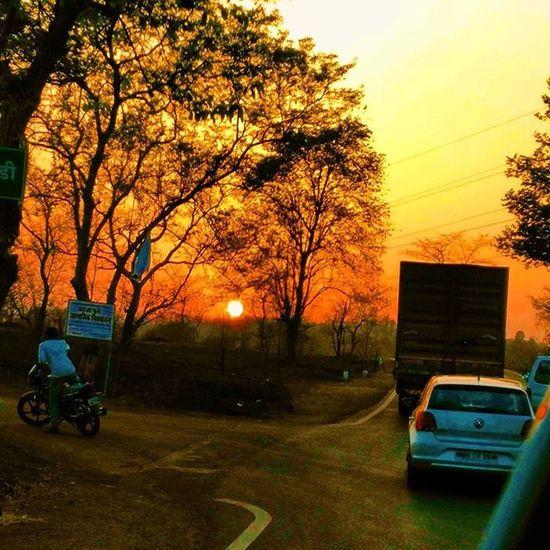 Sunsetlover Sunsetphotography Photoclick Photographers_of_india Streetphotography