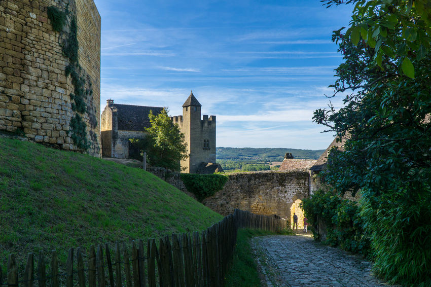 Architecture Beynac Castle Beynac-et-Cazenac Building Exterior Built Structure Castle Cloud - Sky Day History Medieval No People Outdoors Sky Tree Miles Away