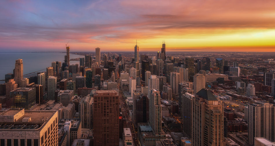 Chicago colorful skyline aerial view Aerial View USA America Illinois Chicago Financial District  Outdoors Crowded Travel Destinations Tower Landscape Tall - High Modern Urban Skyline Cloud - Sky Sunset Built Structure Cityscape Skyscraper Office Building Exterior Sky Building City Architecture Building Exterior Panoramic Panorama Colorful Sky Beautiful Reinaroundtheglobe Full Frame