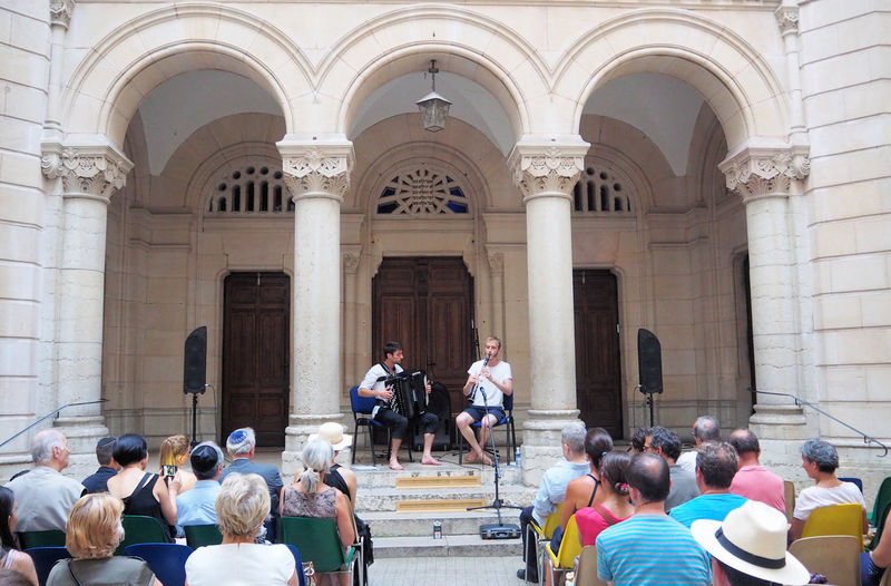 Neo-Byzantine Accordian Audience Point Of View Clarinet Grande Synagogue De Lyon Jews Judaism Klezmer Klezmer Concert Klezmer Musicians Lyon Synagogue Quai Fulchiron
