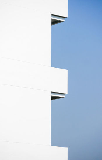 Architecture Built Structure Sky Building Exterior Building Low Angle View No People Clear Sky Nature Day Copy Space White Color Outdoors Blue Sunlight Modern Wall - Building Feature City Geometric Shape Wall Blank