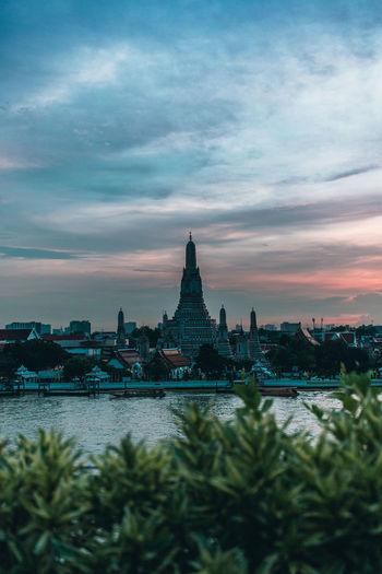 Wat Arun unseen