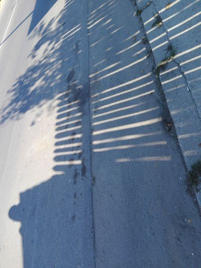 Street Sidewalk Outdoors No People High Angle View Day Pattern Fences Shadow Fence Shadow Fence Shadows Shadow Fence No Person Huaweiphotography Eyeem Market Ionita Veronica Veronica Ionita WOLFZUACHiV Photos Wolfzuachiv Huawei Photography On Market WOLFZUACHiV Photography No Human Full Frame Streetphotography