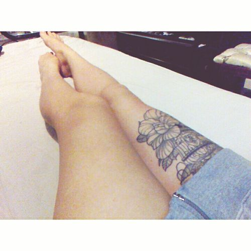 By the end of this year my legs will be covered in tats? Tattoos Thightattoo Inkedgirls Girlswithtattoos