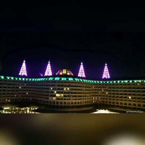 Delphinimperial Hotel vom DelphinDiva aus von ByVeskoOneKrajnc auf Flickr. Turkey intheevening amazing so beautiful lighting. So many lights llike thumbsup likesforlikes Türkei Abends so schöne Beleuchtung. So viele Lichter ichmags daumenhoch Folge diesem Link auf Flickr, um dieses Foto in voller Auflösung anzuzeigen und zu kommentieren : https://flic.kr/p/tQ8Cw4