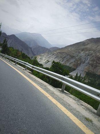 Traveling Drive By Shooting Pakistan Northern Areas Pakistan On The Road Hunza Valley Pakistan Mountains Mountain View Karakorum Highway