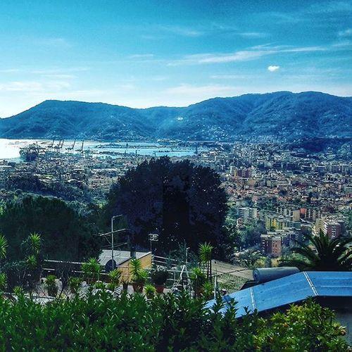 La Spezia e il suo porto da San Venerio LaSpeziaOnceADay Ig_laspezia Ig_liguria Volgolaspezia Volgoliguria