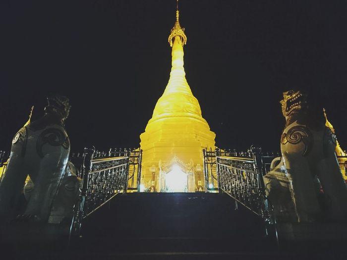 Golden Pagoda Myanmar Myanmararchitecture Religion Ancient Night Night View Night Time