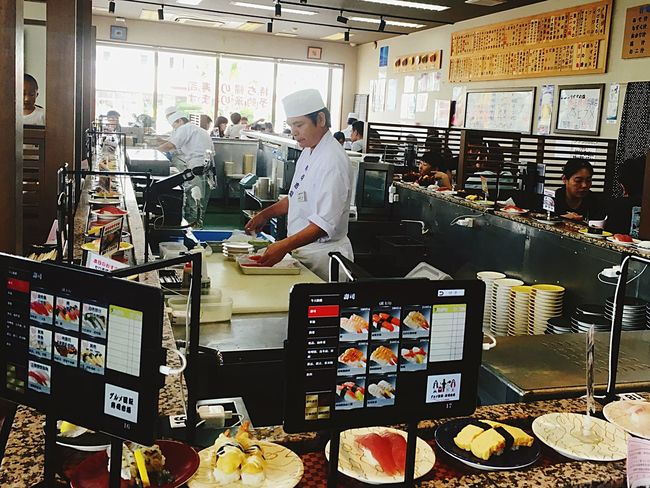 迴轉壽司 Sushi Conveyor Belt Sushi Food Business Finance And Industry People Business Stories Working Freshness