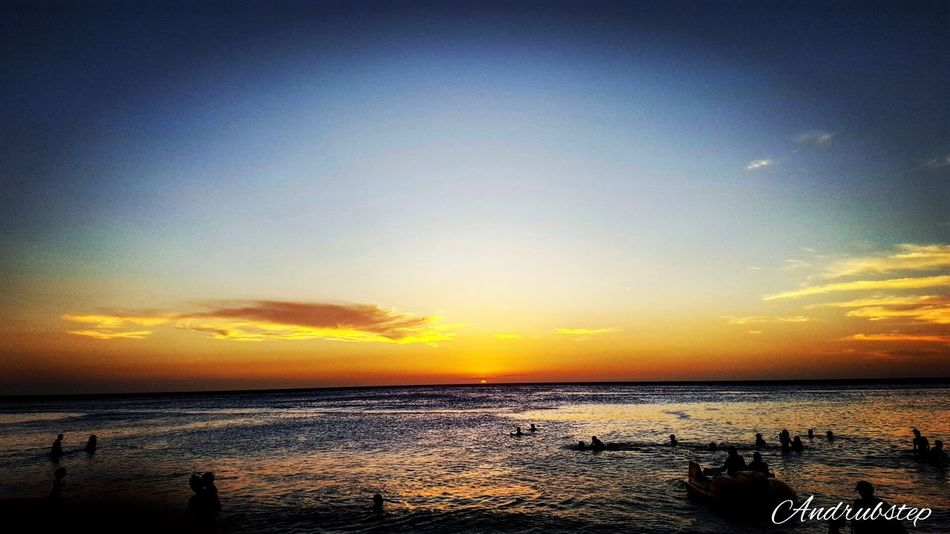 Atardecer en la bella santa marta. Beach Day Sea Water Tranquil Scene Nature Pothography Santa Marta, Colombia Colombia Epic Sunset Scenics Tranquility Beauty In Nature Sky Horizon Over Water Silhouette Idyllic Outdoors No People