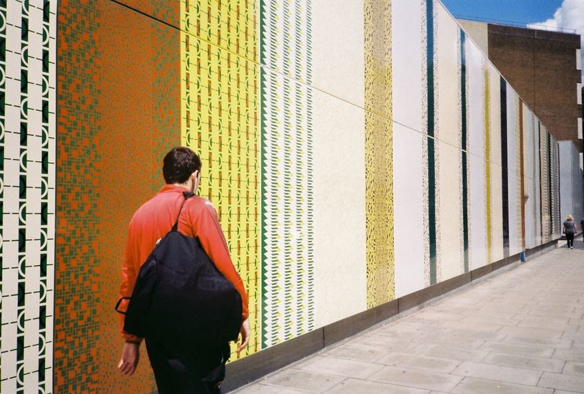 35mm 35mm Film 35mmfilmphotography Analogue Photography City City Life Colors Film London Sunny Wall Analog Architecture Building Exterior Built Structure Day Film Photography From The Back One Person Outdoors Rear View Street Streetphotography Stripes Pattern Walking