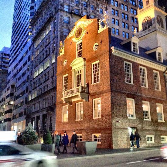 Embrace Urban Life Building Exterior Architecture Oldstatehouse FreedomTrail Boston United States