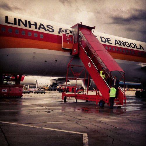 Humpfff! Atrasou muito hoje....Airplane Airport Gruairport Taag RainyDays