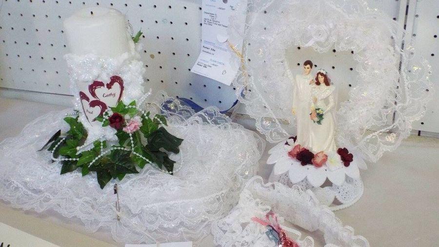 Wedding Bride And Groom Decoration Weddinginspiration Display View