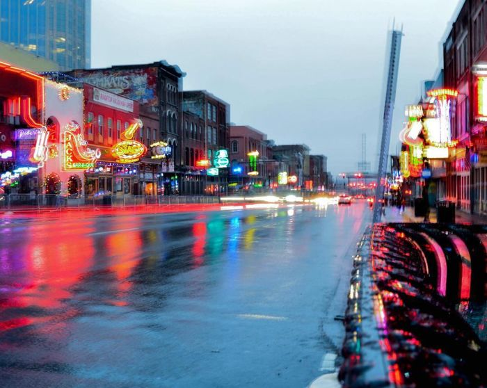 Downtown Nashville, Tennessee🌉 Tennessee Itwillrain The Great Outdoors With Adobe Leadinlines Blur Cars Painiting With Light Nashville