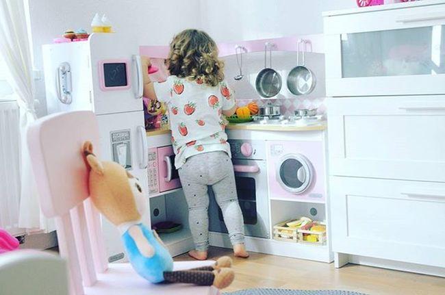 💙💚💛💞 Kidsworld Kidsroom Babyroom Pinkroom Kidsofinstagram Smallkitchen Loveit Herplace Niceweekend Playtime Sheisthebest Littlebabygirl Mydoughter Loveher Forever Igki Igbaby