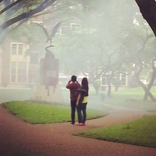 Dua anak ini sibuk foto foto pas taman uph lagi di fogging :* Latepost Uph Eagles Silly friends instagram university unilife lol