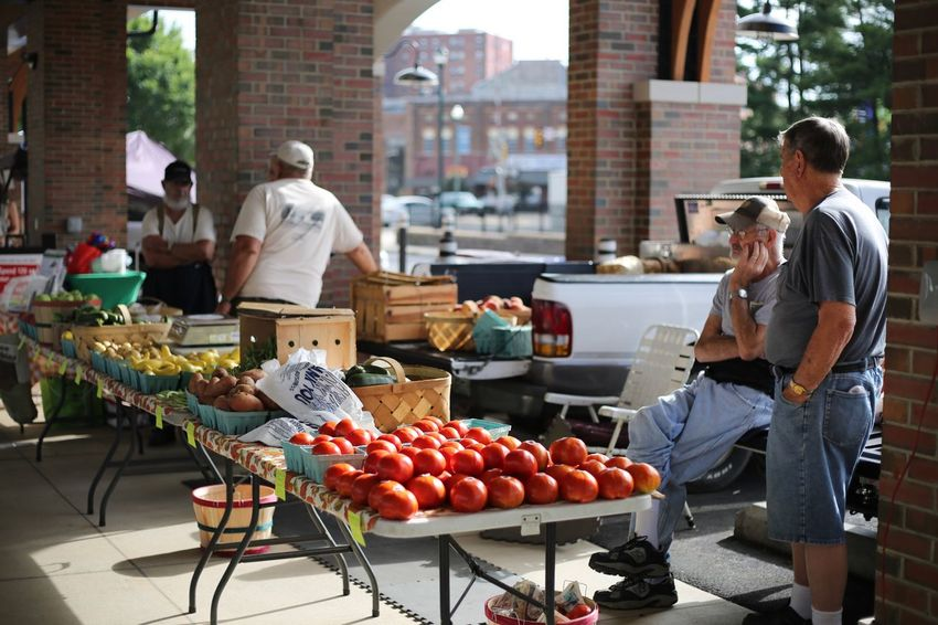 Tomato Farmer Market Food Food And Drink Healthy Eating Fruit Freshness Retail  Men Market Stall Business Real People