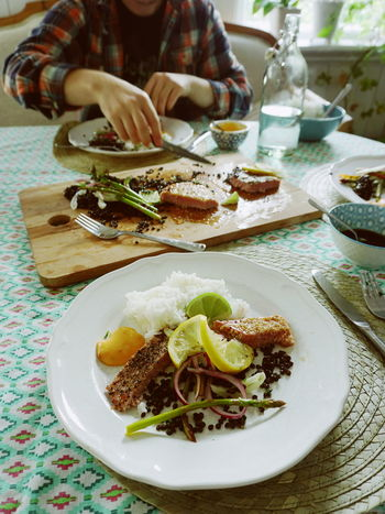 Todays finner, tuna, lentil and vegetables Eating Rice Seafood Seafood Lovers Close-up Day Eat Fish Food Food And Drink Freshness Healthy Healthy Eating Indoors  Meat One Person Plate Ready-to-eat Real People Serving Size Table Tuna Tuna Fish Tunafish Unrecognizable Person Vegetable Vegetables