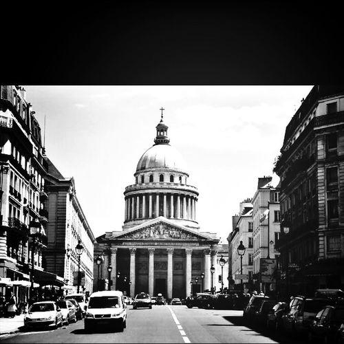 5 years ago! I miss u Paris!!! Black And White Streetphoto_bw Paris City