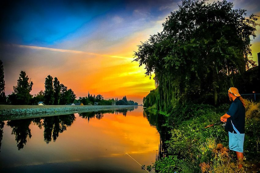 Fishing & Sunsets... Photography Is Life Learn & Shoot: Balancing Elements Beautiful EyeEm Best Shots Photo Of The Day StocktonCa Enjoying Life Color Photography Sunset_captures Sunset And Clouds  Sunsetlover