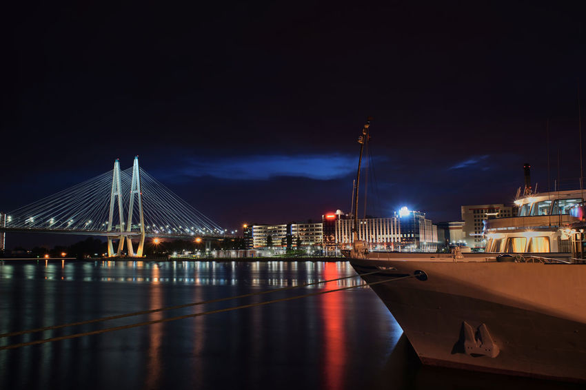 Brücke über die SONY A7ii Nachtaufname Himmel Spiegelung Brücke Brücke über Die Hafen St. Petersburg, Russia Architecture Bridge - Man Made Structure Building Exterior Built Structure City Connection Illuminated Nature Nautical Vessel Night No People Outdoors River Russland Sky Suspension Bridge Transportation Travel Travel Destinations Water