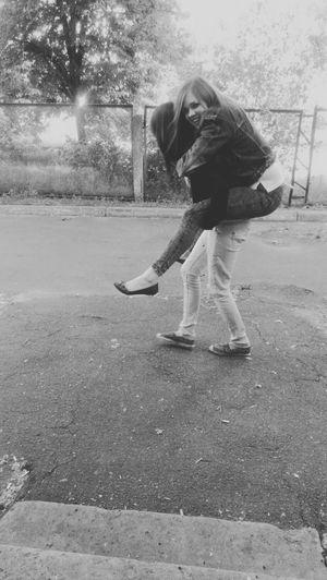 мы такие еще дети )